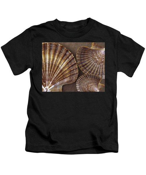 Seashells Spectacular No 7 Kids T-Shirt