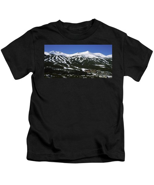 Ski Resorts In Front Of A Mountain Kids T-Shirt