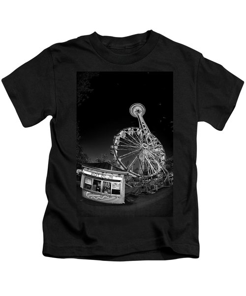 Space Needle Fights The End Of The World Kids T-Shirt