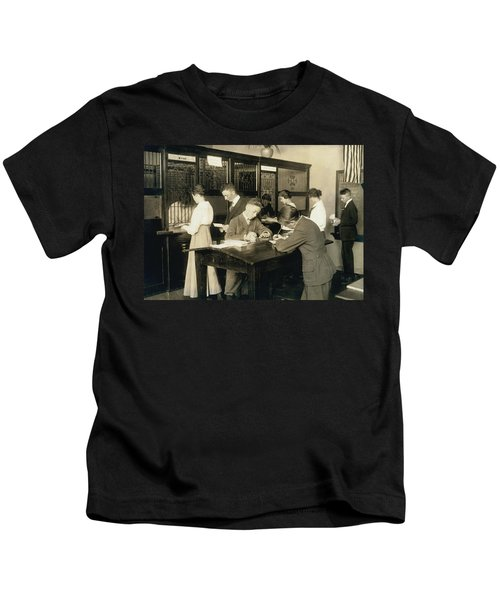 Students Learn About Money Kids T-Shirt