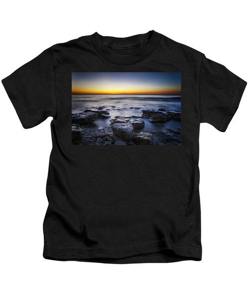 Sunrise At Cave Point Kids T-Shirt by Scott Norris