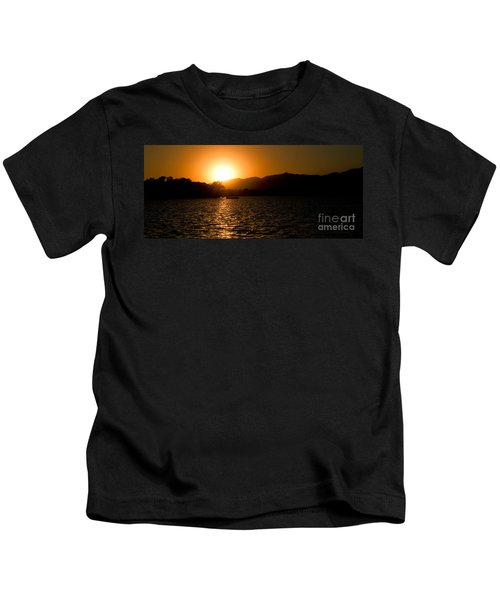 Sunset At Kunming Lake Kids T-Shirt