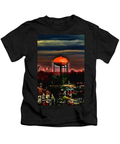 Sunset On A Charlotte Water Tower By Diana Sainz Kids T-Shirt