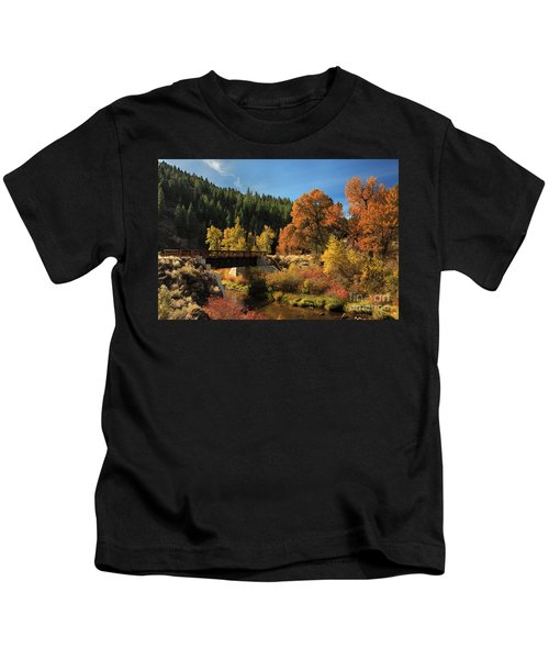 Susan River Bridge On The Bizz 2 Kids T-Shirt