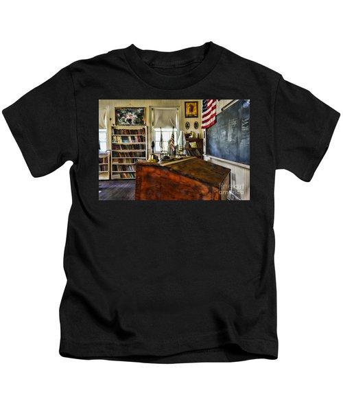 Teacher - Vintage Desk Kids T-Shirt
