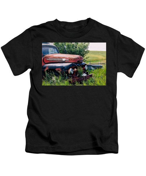 The Old Farm Truck Kids T-Shirt