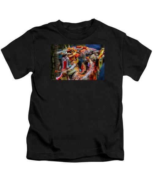 Their Spirit Is Among Us - Nanticoke Powwow Delaware Kids T-Shirt