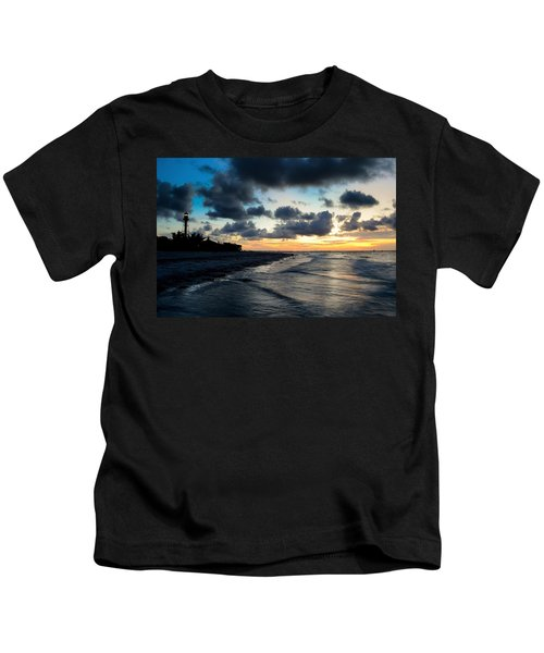 To See The Light... Kids T-Shirt