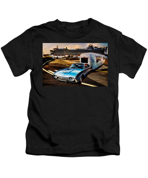 Travelin' In Style Kids T-Shirt
