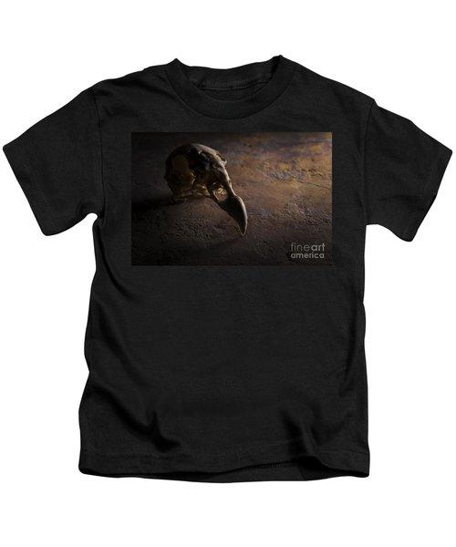 Turkey Vulture Skull On Slate Kids T-Shirt