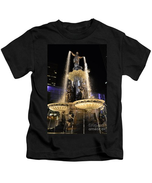 Fx9u-1250 Tyler Davidson Fountain Photo Kids T-Shirt