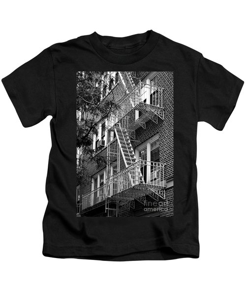 Typical Building Of Brooklyn Heights - Brooklyn - New York City Kids T-Shirt