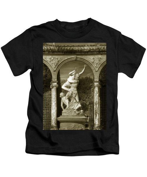 Versailles Colonnade And Sculpture Kids T-Shirt