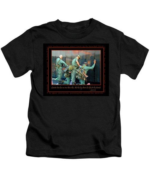 Veterans At Vietnam Wall Kids T-Shirt