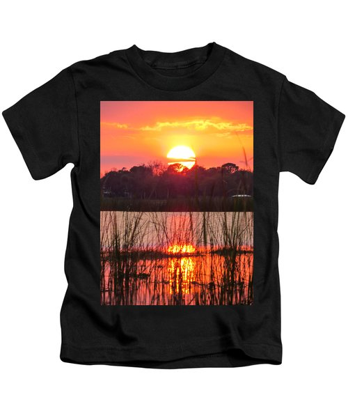 Walk In The Water Sunset Kids T-Shirt