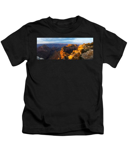 Wotans Throne From Cape Royal, North Kids T-Shirt