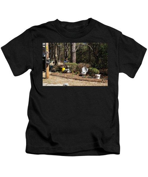 Yard Art Hwy 21 South Kids T-Shirt