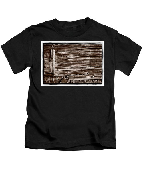Weathered Wall In Bodie Ghost Town Kids T-Shirt