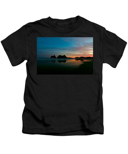 Golden Morning At A Beach  Kids T-Shirt