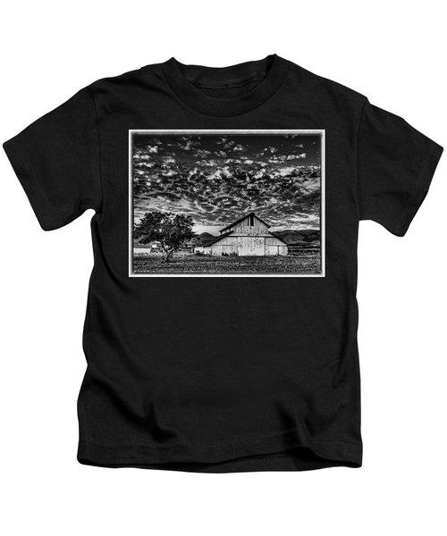 Barn At Sunset Kids T-Shirt