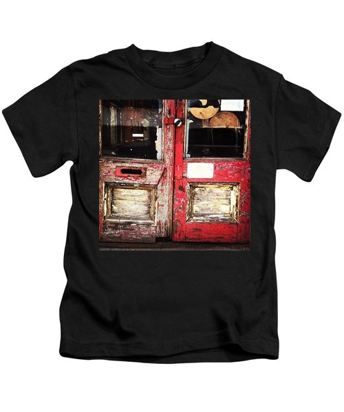 Door Kids T-Shirt