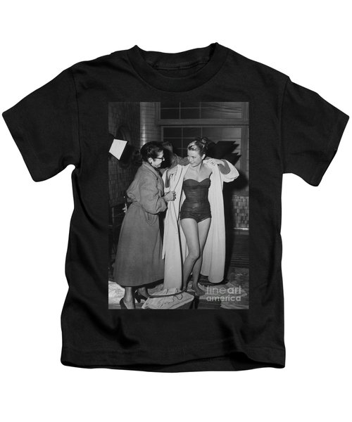 Grace Kelly  Kids T-Shirt by Photo Researchers