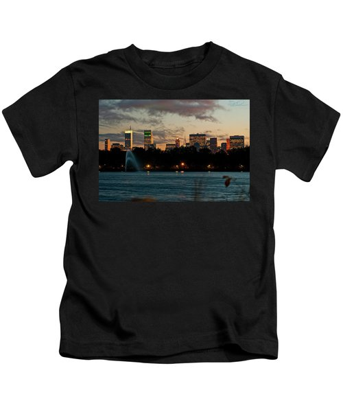 Great Pond Fountain Kids T-Shirt