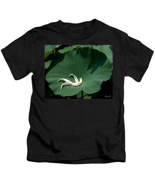 Lotus Leaf--castoff IIi Dl060 Kids T-Shirt