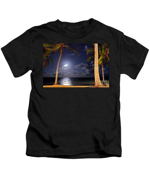 Maceio - Brazil - Ponta Verde Beach Under The Moonlit Kids T-Shirt