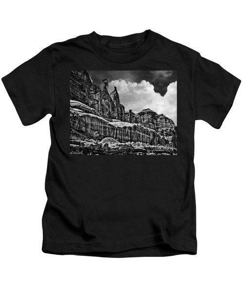 Nefertiti Arches National Park Kids T-Shirt