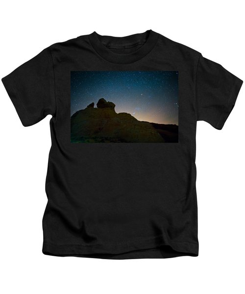 Night Sky Over Valley Of Fire Kids T-Shirt