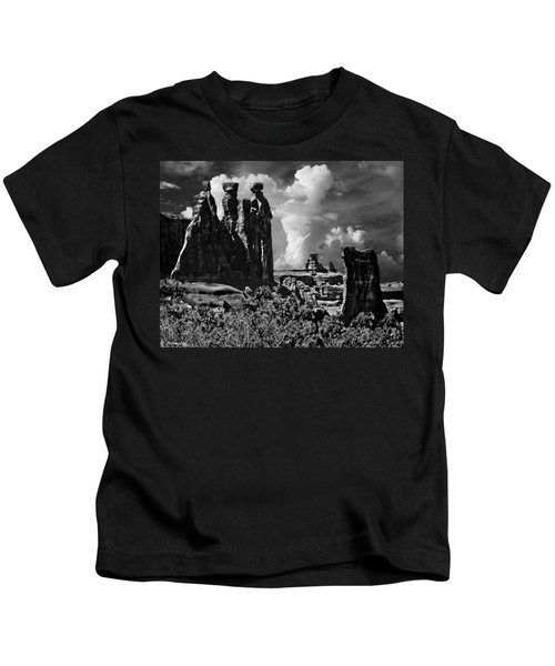The Tribunal Arches National Park Kids T-Shirt