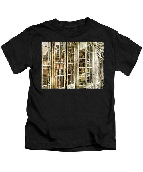 Vc Window Reflection Kids T-Shirt