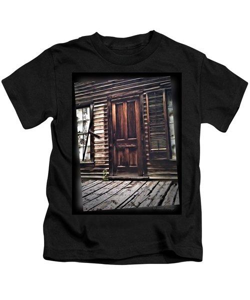 Virginia City Ghost Town Door I Kids T-Shirt