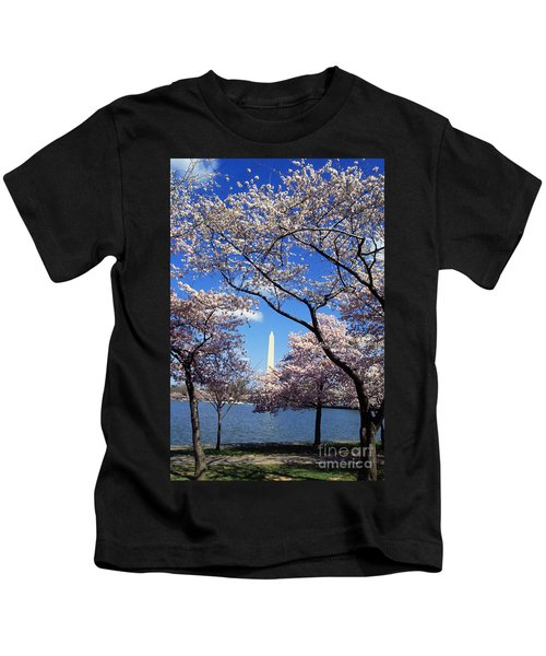 Washington Monument Kids T-Shirt