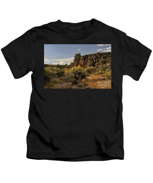Westward Across The Mesa Kids T-Shirt