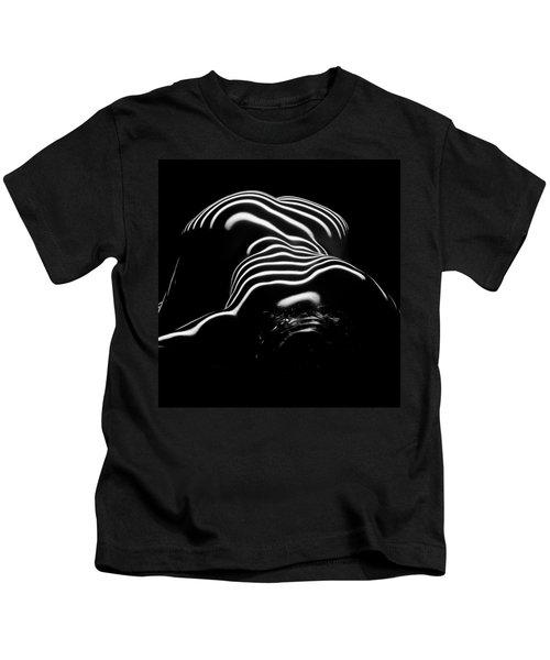 0686-ar Head Down Bottom Up Zebra Striped Female Figure Kids T-Shirt