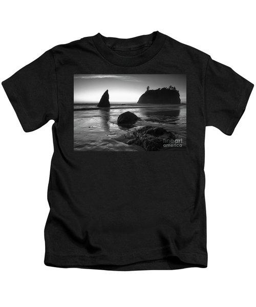 Ruby Beach  Kids T-Shirt