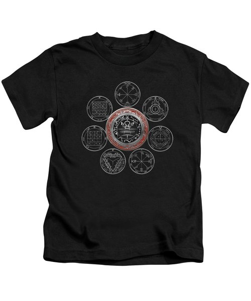 Silver Seal Of Solomon Over Seven Pentacles Of Saturn On Black Canvas  Kids T-Shirt