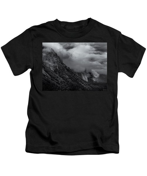 Yosemite Valley Panorama In Black And White Kids T-Shirt