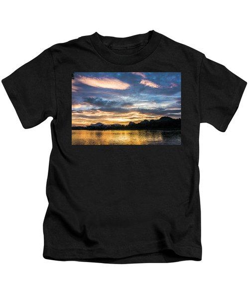 Sunrise Scenery In The Morning Kids T-Shirt