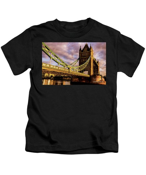 London Tower Bridge. Kids T-Shirt