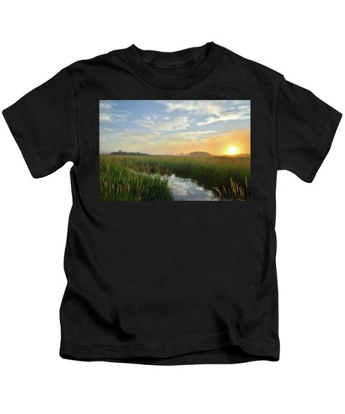 Sunrise At Glacial Park Kids T-Shirt