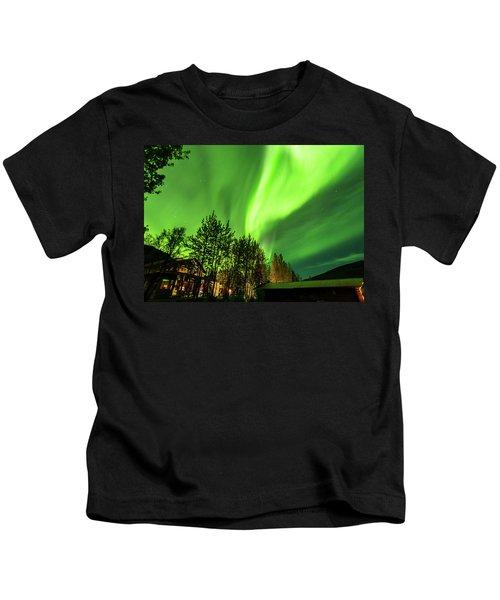 Northern Lights, Aurora Borealis At Kantishna Lodge In Denali National Park Kids T-Shirt