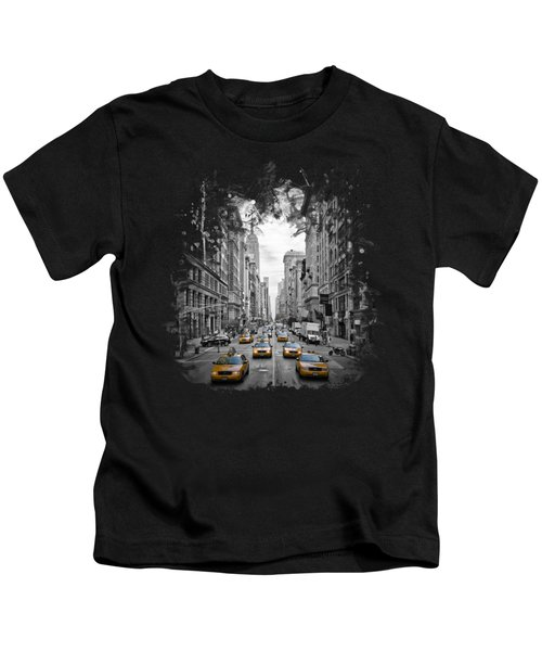 5th Avenue Nyc Traffic II Kids T-Shirt