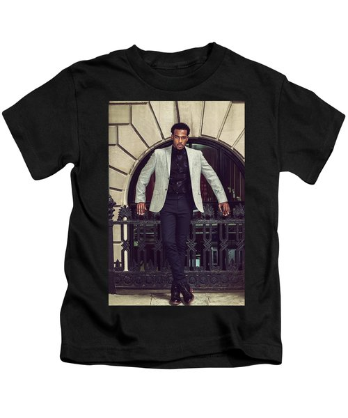 African American Businessman Working In New York Kids T-Shirt