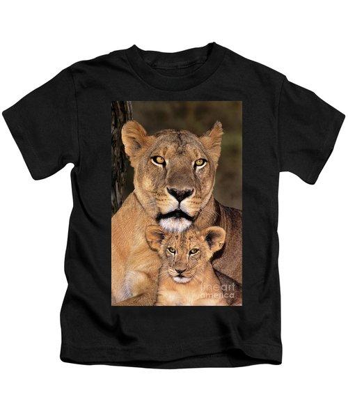 African Lions Parenthood Wildlife Rescue Kids T-Shirt