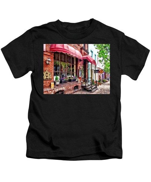 Alexandria Va - Red Awnings On King Street Kids T-Shirt