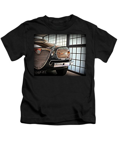 Alfa Romeo In Black Kids T-Shirt
