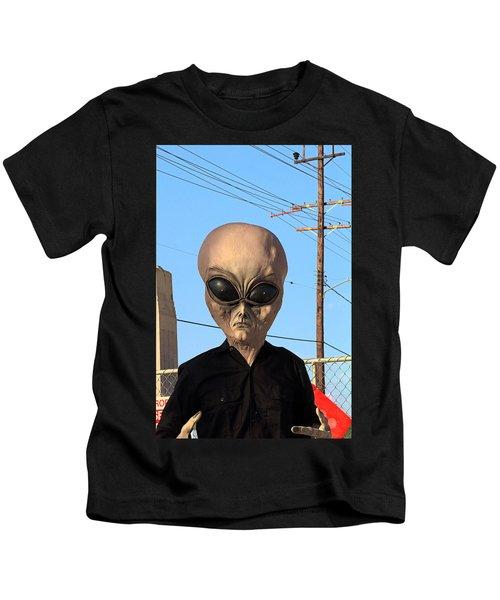 Alien Face At 6th Street Bridge Kids T-Shirt